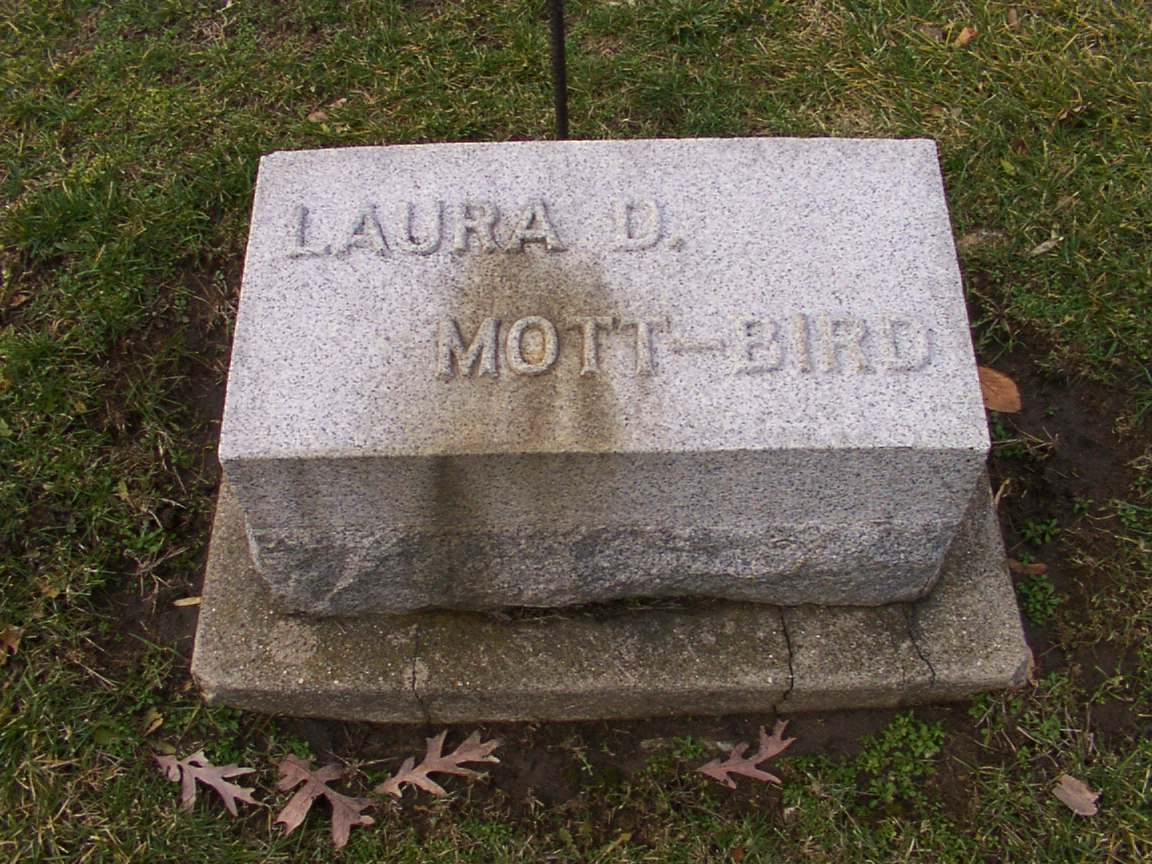 Grave of Laura D. Mott-Bird